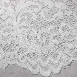 White scalloped lace - 03