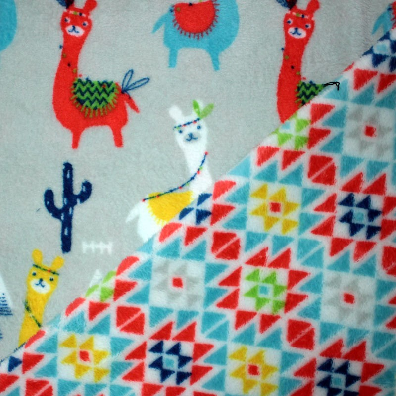 Doudou lama fabric - double sided triangles pattern - 02